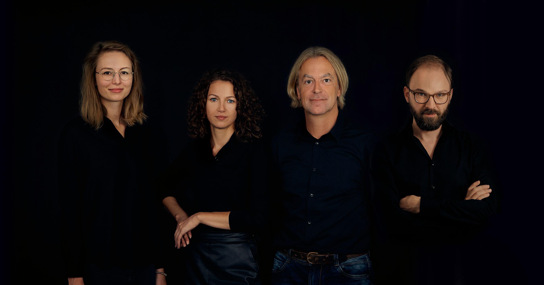 Das Kernteam der Capitale Wien/Berlin Anfang 2020, von links nach rechts: Verena Thaller, Cora Akdogan, Michael Ruhe, Daniel Perraudin