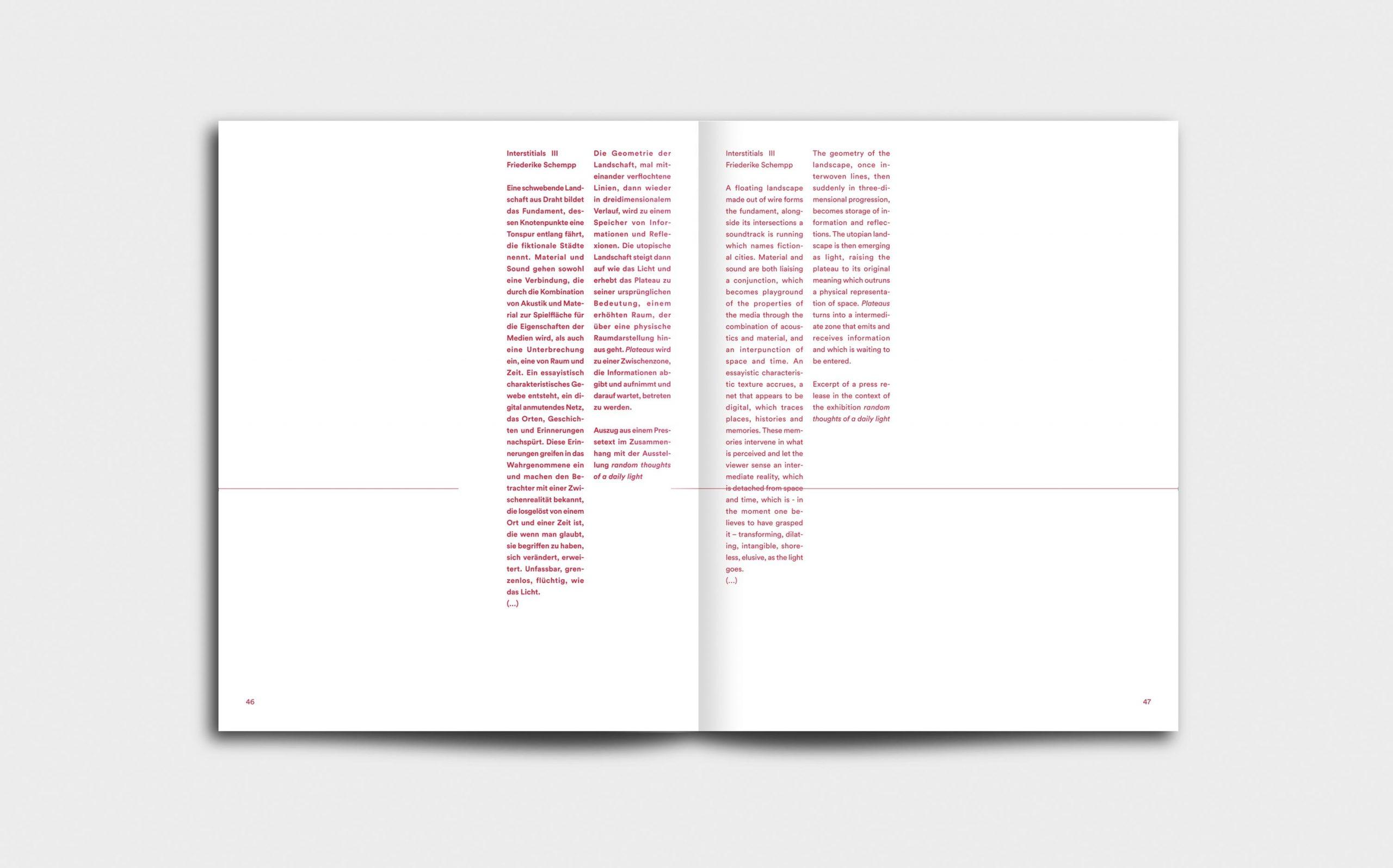 Juliana Herrero – REM 1:1 | Doppelseite mit Interstitials in roter Marginaltypografie | Keywords: Editorial Design, Artist Book, Künstlerbuch, Buchgestaltung, Grafikdesign, Design, Typografie